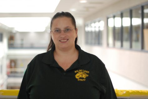 Ms. Tarr Returns to Wilde Lake to Give Back
