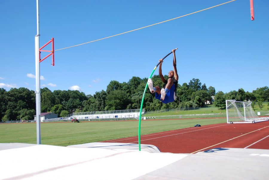 Kareem+Press+practices+pole+vaulting.