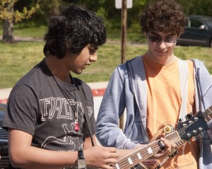 Praharsh Jani and Brett Dombrowski preparing to play in the Spring Lunch Jam. (Photo Credit: Daniel Ingham)