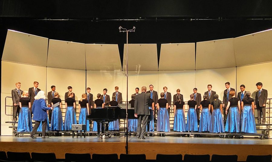 The Marriotts Ridge Chamber Singers perform their music.